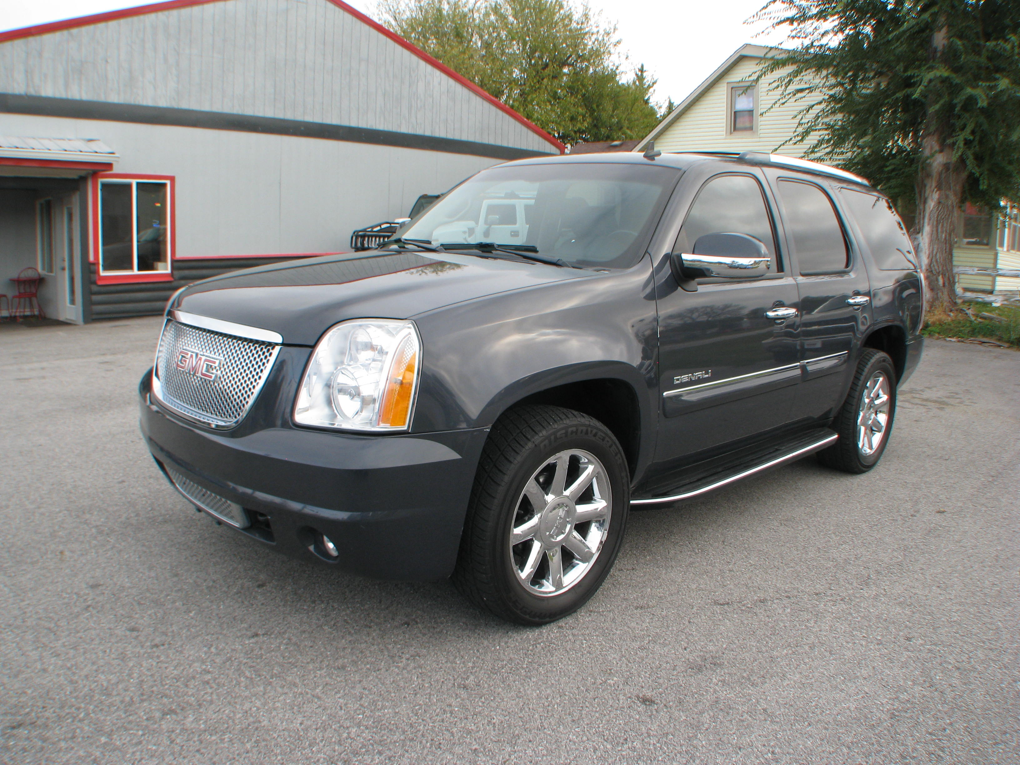 pre owned 2008 gmc yukon denali suv in coal valley cv231121 bastian 39 s auto. Black Bedroom Furniture Sets. Home Design Ideas